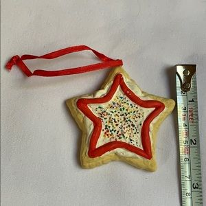 1996 star shaped cookie Christmas tree ornament